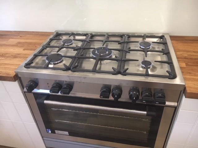 Gas-cooker-